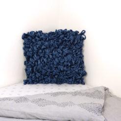 Coussin Le Bouclé : chutes de coton
