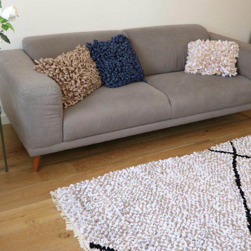 Beni déclaé : tapis boucherouite, photo description