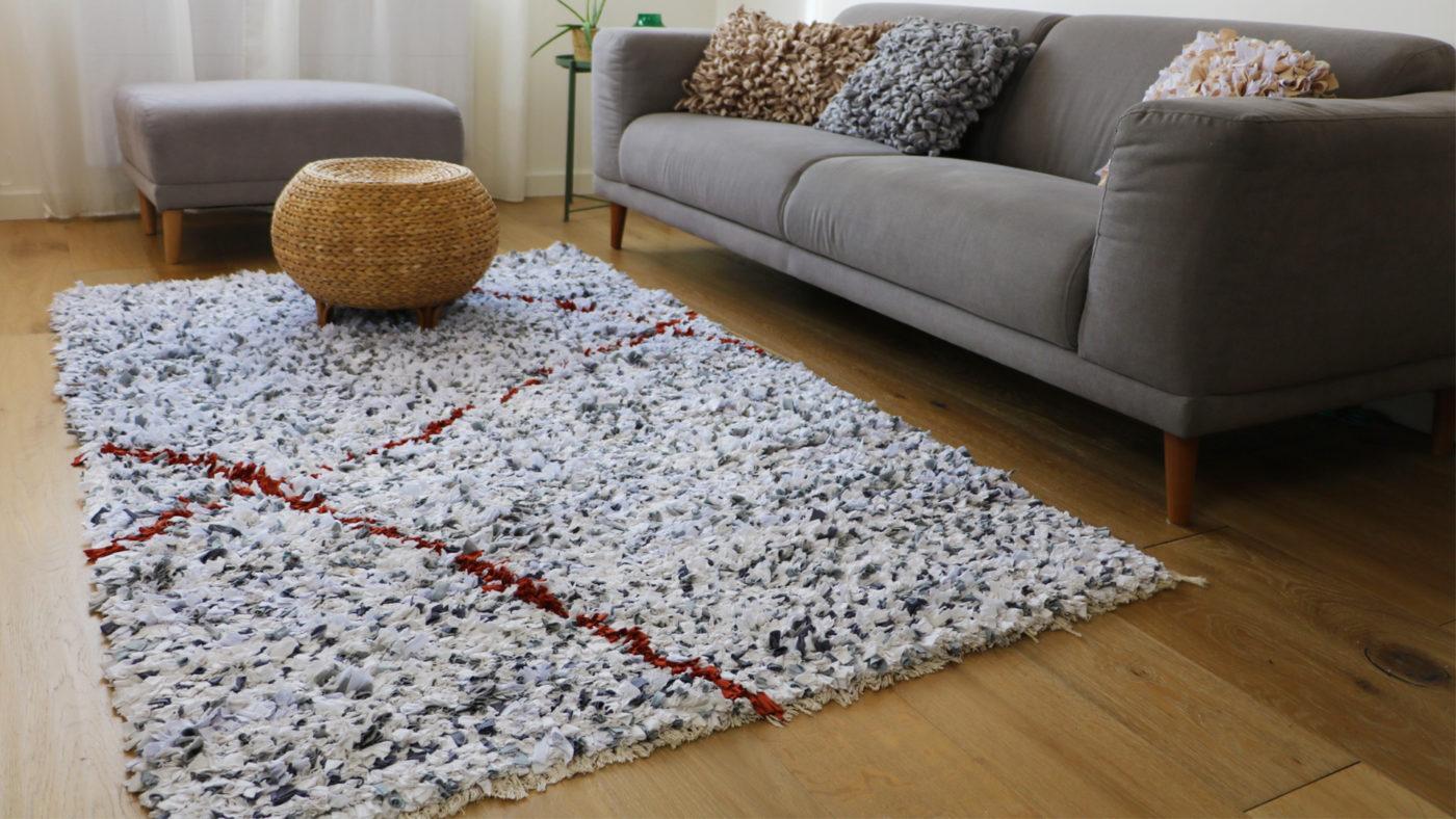Quel tapis pour un canapé gris ? Nos conseils