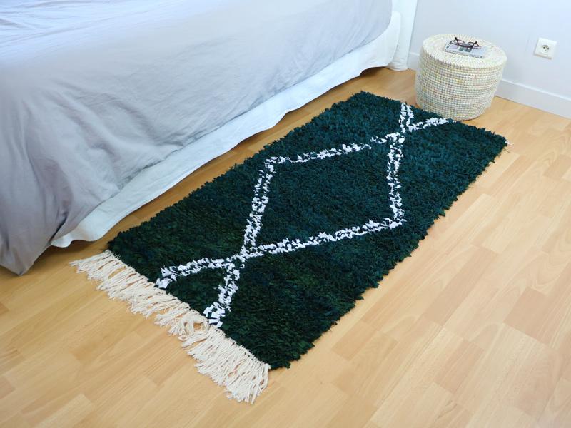 Comment nettoyer un tapis de chambre boucherouite ?